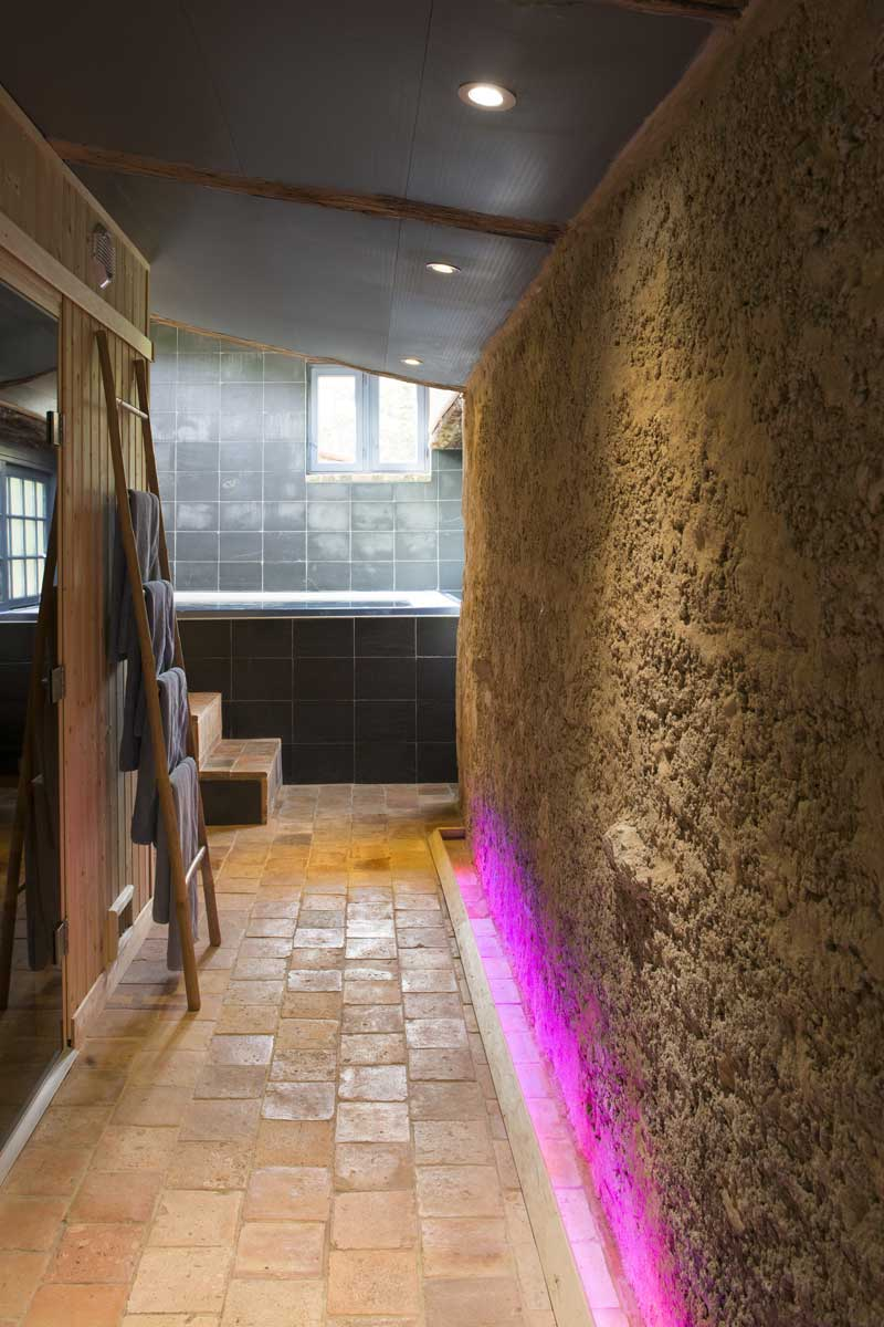 hotel spa la rochelle espace bien tre ind pendant avec. Black Bedroom Furniture Sets. Home Design Ideas